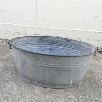 Large Drinks Tub - Major and Minor - Wedding Hire - Wanaka Hire - Events and Weddings
