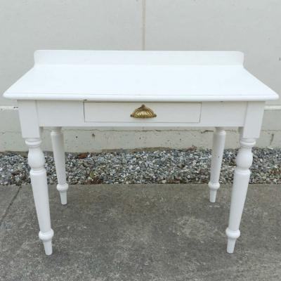 White Card Table - Major and Minor - Wedding Hire - Wanaka Hire - Events and Weddings