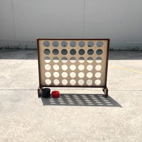 Mega Connect Four | Wedding and Event Hire | Wanaka and Queenstown Hire