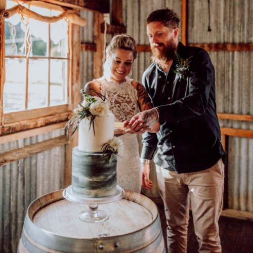 Clear Cake Stand_ Wanaka Wedding Hire _ Queenstown Wedding Hire _ Major and Minor